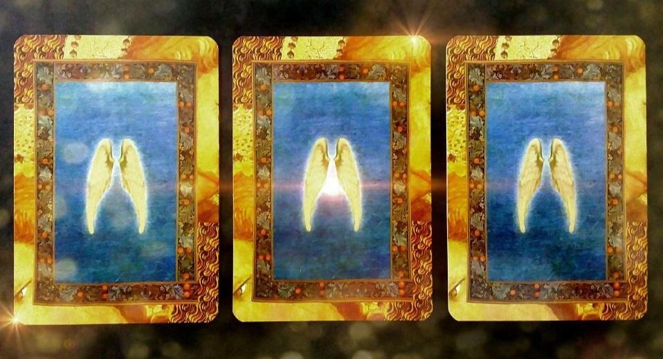 Válassz egy angyalkártyát a háromból és tudd meg mit üzennek Neked az angyalok!